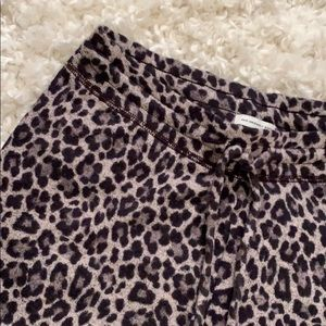 NWOT AE SUPER SOFT cheetah joggers (small)